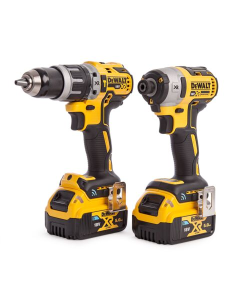 DEWALT DCK2500P2B 18V XR TWIN KIT BLUETOOTH CONNECT 2 X 5AH